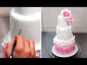 Как украсить свадебный торт – видео