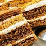 Вкусный медовый торт с карамельным кремом