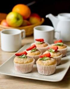 Ароматные маффины на ягодном йогурте