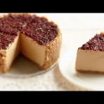 Творожно-карамельный торт без выпекания – видео-рецепт