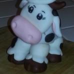 Животные из мастики – Корова