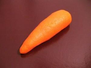 Украшения из мастики - морковка -шаг 2
