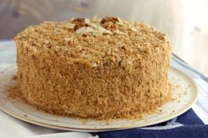 Торт Пизанская башня со сметанным кремом