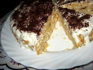 Сметанный торт из крекеров