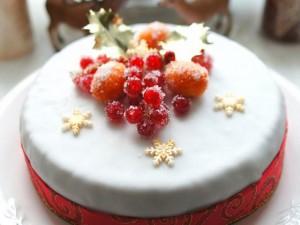 Рождественский торт с фруктами-шаг 1