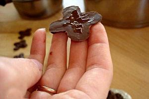 Украшения из шоколада Шоколадная елочка – мастер-класс-шаг 6