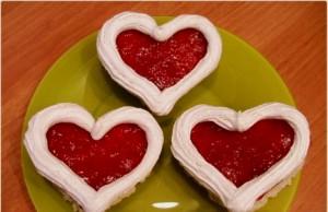 Пирожные Сердечки с безе – подарите близким радость!
