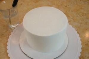 Детский торт из мастики Собачка-шаг 1