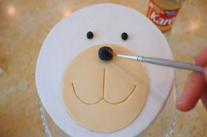 Детский торт из мастики Собачка-шаг 4