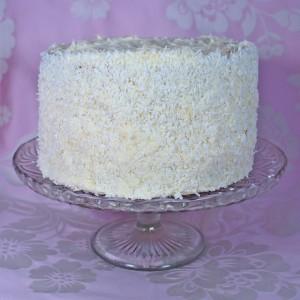 Как украсить торт масляным кремом – мастер-класс с видео-шаг 2
