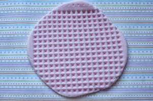 Как украсить мастикой и кремом печенье. Печень- мороженое – мастер-класс-шаг 4