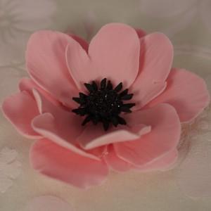 Цветы из мастики – мастер-класс. Делаем цветок анемона из мастики-шаг 8