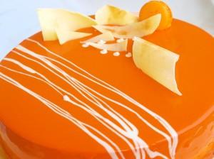 Карамельная глазурь с медом для тортов и пирожных – 2 варианта