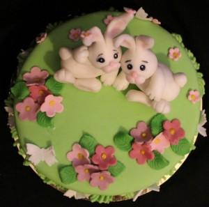 Животные из мастики – кролик. Видео-рецепт