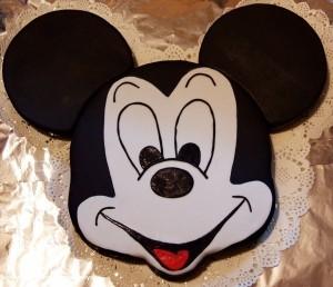 Детский торт Микки Маус – видео-рецепт. Торт из мастики