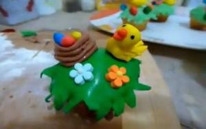 Цыпленок из мастики – видео-рецепт. Второй вариант изготовления-шаг 2
