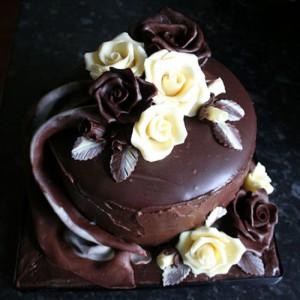 Роза из шоколада – видео-рецепт-шаг 4