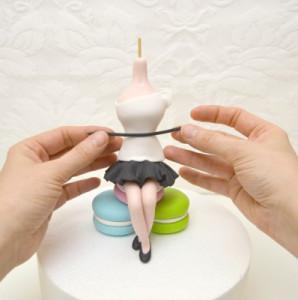 Девочка из мастики. Мастер-класс по изготовлению девочки-барышни-шаг 13