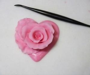 Роза из масти – оригинальное изготовление и фантастически красивый вид!-шаг 7