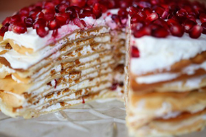 Блинный торт с цитрусовым кремом и гранатами-шаг 1