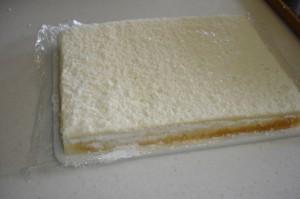 Торт из мастики Рояль с пианистом. Мастер-класс-шаг 5