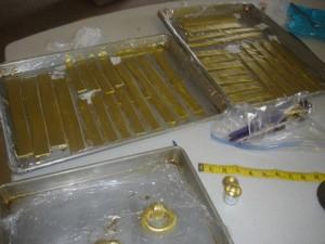 Торт Шкатулка – мастер-класс. Как украсить торт мастикой-шаг 6