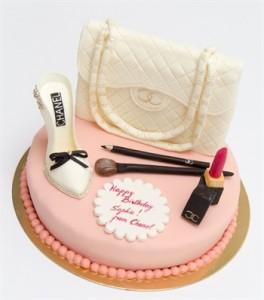 3D-торт из мастики. Торт Сумка – видео-рецепт-шаг 2