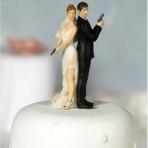 Фигурки на свадебный торт. Забавные фигурки жениха и невесты-шаг 1