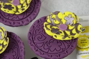 Как украсить пирожные и капкейки – оригинальные идеи