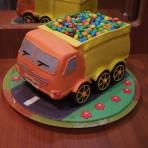 3D торт из мастики Самосвал – видео-рецепт-шаг 1