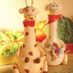Животные из мастики – забавный жираф. Видео-шаг 1