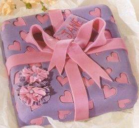 Торт из мастики Подарок – видео