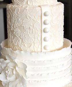 Свадебный торт, украшенный айсингом – видео и фотографии-шаг 4