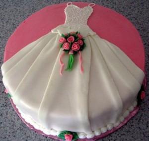 Платье из мастики – оригинальная фигурка для украшения торта. Видео