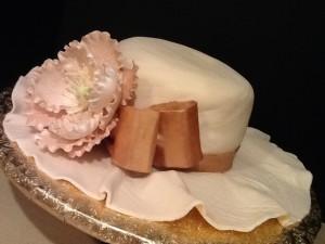 Элегантный торт из мастики Шляпа-шаг 21