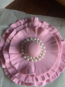Цветок из мастики или как украсить торт просто, быстро и стильно! Мастер-класс-шаг 5