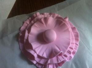 Цветок из мастики или как украсить торт просто, быстро и стильно! Мастер-класс-шаг 4
