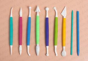 Стеки для мастики – какие бывают и для чего они нужны?