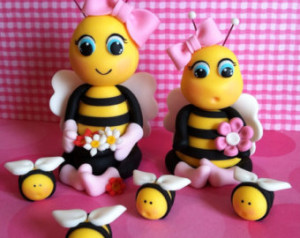 Пчелки из мастики – видео
