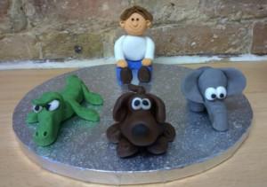 Животные из мастики: слон, такса, крокодил