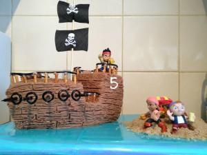 3D торт Пиратский корабль – мастер-класс
