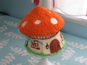 Оригинальный детский торт Мухомор. Мастер-класс