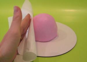 Торт для девочки Маленькая принцесса. Мастер-класс-шаг 3