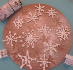 Снежинки из айсинга-шаг 3