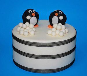 Животные из мастики – пингвин. Мастер-класс