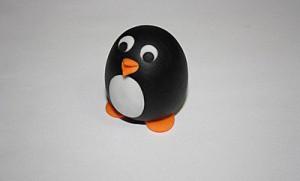 Животные из мастики – пингвин. Мастер-класс-шаг 9
