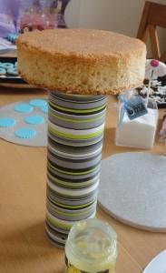 Детский торт Карусель – как украсить-шаг 2