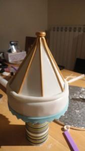 Детский торт Карусель – как украсить-шаг 5