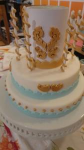 Детский торт Карусель – как украсить-шаг 9